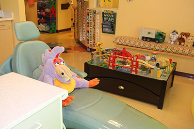 Mascot check-up - Pediatric Dentist in Newbury Park, CA